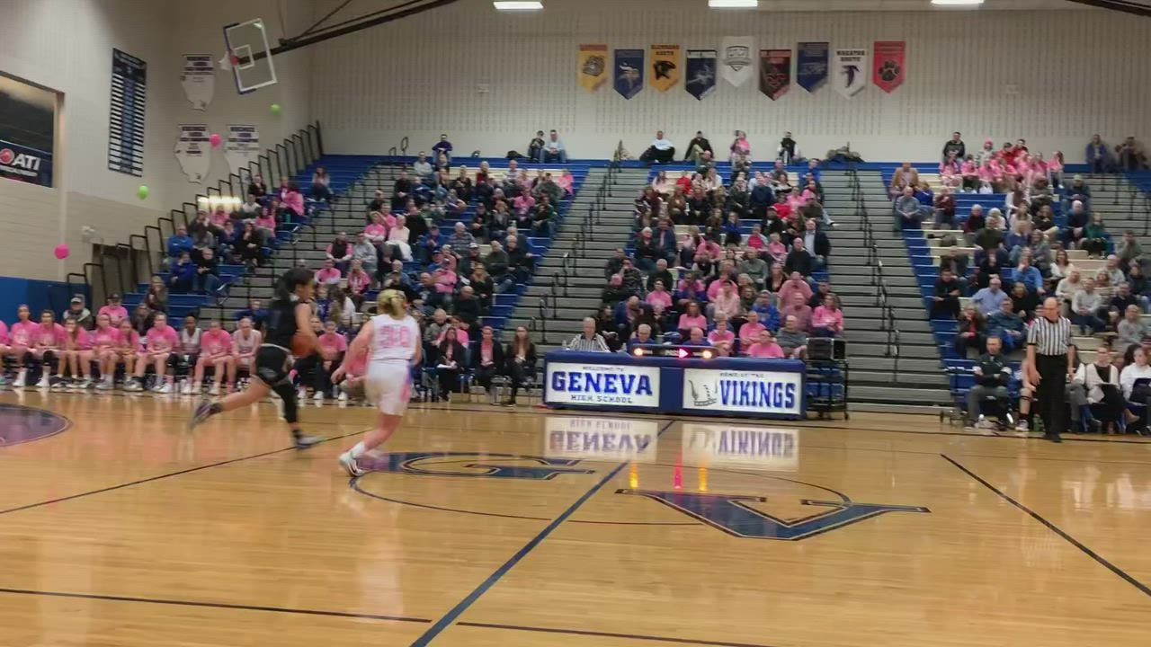 Geneva's Kelly McCloughan had a steal and layup during Geneva's 61-56 loss to St. Charles North on Jan. 30 2020