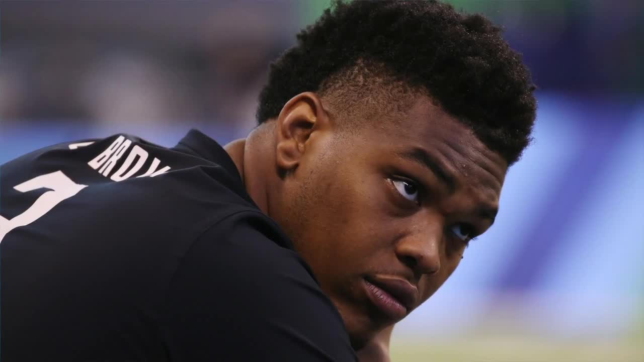 """Former Oklahoma behemoth Orlando Brown (6-foot-8, 360), the son of late Cleveland Browns and Baltimore Ravens great Orlando """"Zeus"""" Brown and one of the higher profile lineman in the draft, has struggled across the board in OT drills. Brown Jr. managed just 14 lifts of 225 pounds on the bench press and a molasses-like 5.85-second 40-yard dash. Brown discusses his bad showing and his play style compared to his late father."""
