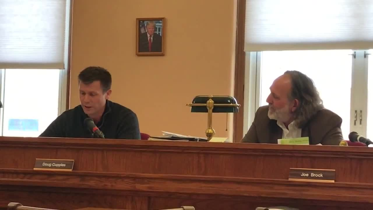 Jasper County Supervisor Doug Cupples reads 10-minute statement during meeting