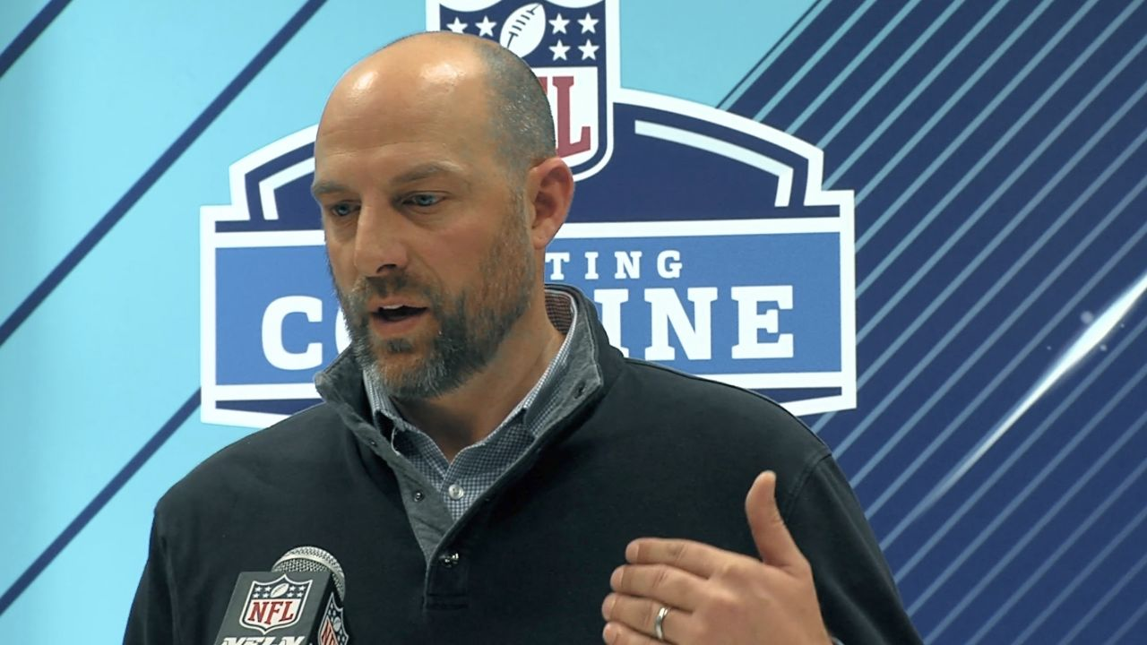 Chicago Bears Head Coach Matt Nagy, and GM Ryan Pace met with the media on Wednesday ahead of the 2018 NFL Scouting Combine. After letting go edge rushers Pernell McPhee and Willie Young this week, do the Bears look to those needs in the draft? What about the need at wide receiver? Hub Arkush and Bob LeGere report from the NFL Scouting Combine in Indianapolis, IN.