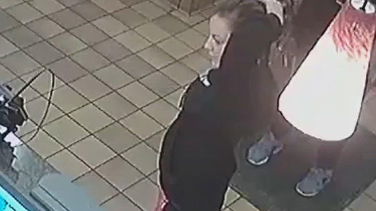 Police are trying to identify a woman seen speaking with a Crest Hill man in the lobby of the Plainfield Road Denny's just before the discovery of his lifeless body in the restaurant's parking lot