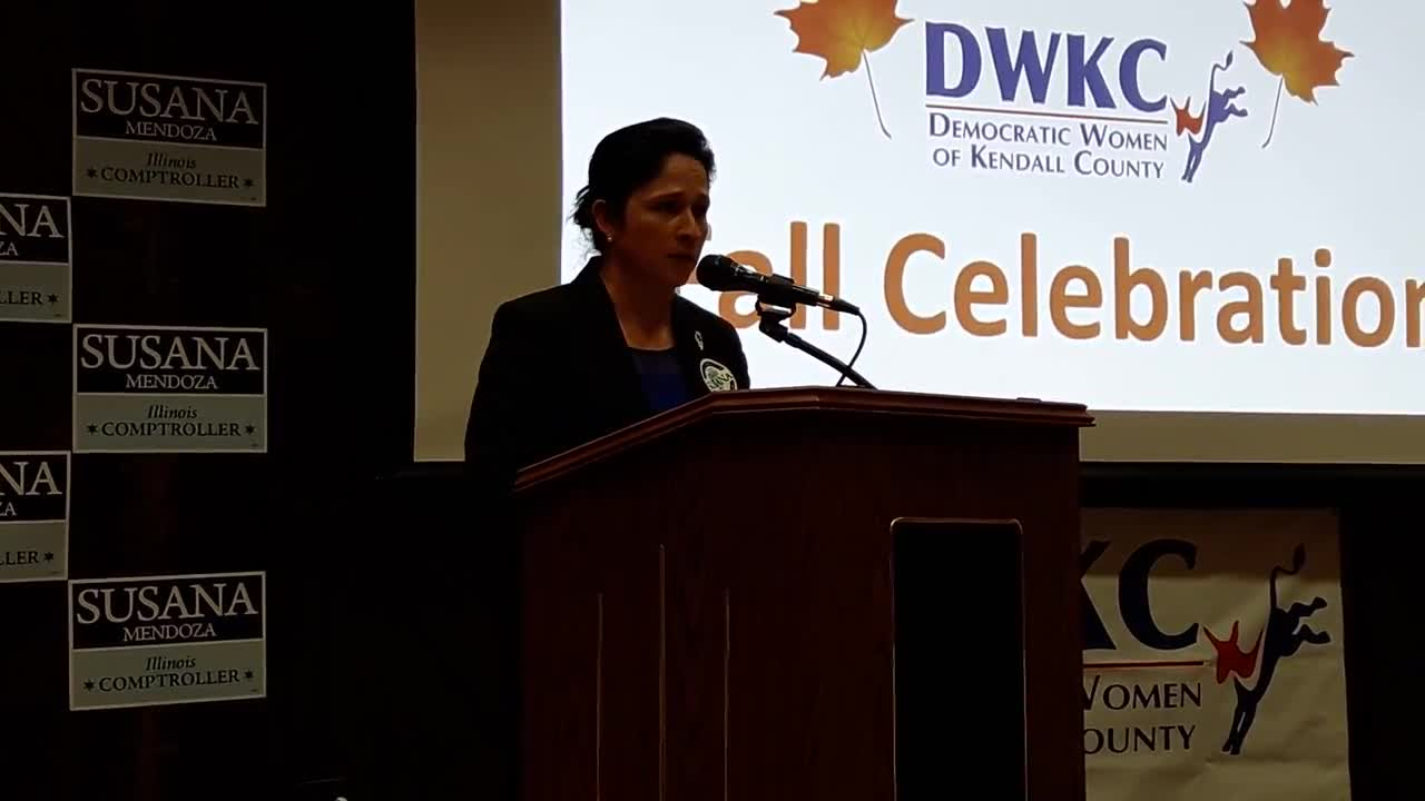 State Comptroller Susana Mendoza spoke at a Democratic Women of Kendall County Tuesday night where she criticized what she called Gov. Rauner's inaction in dealing with the state's finances.
