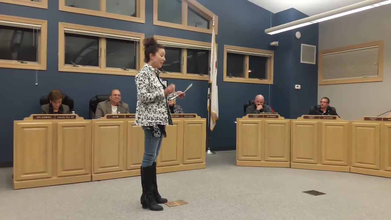 Jen Slepika of Suicide Prevention Services recognized Yorkville Alderman Joel Frieders on Oct. 24 for his campaign to get people to talk about suicide.
