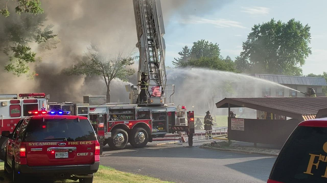 Firefighters battle blaze at St. Albans Green apartments in Sycamore on Saturday, July 27