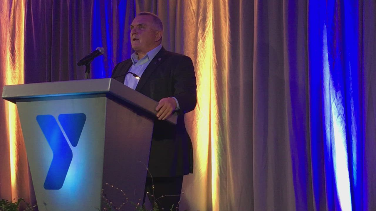 "Daniel ""Rudy"" Ruettiger speaks at the Kishwaukee Family YMCA awards banquet at Faranda's in DeKalb on May 17, 2018."
